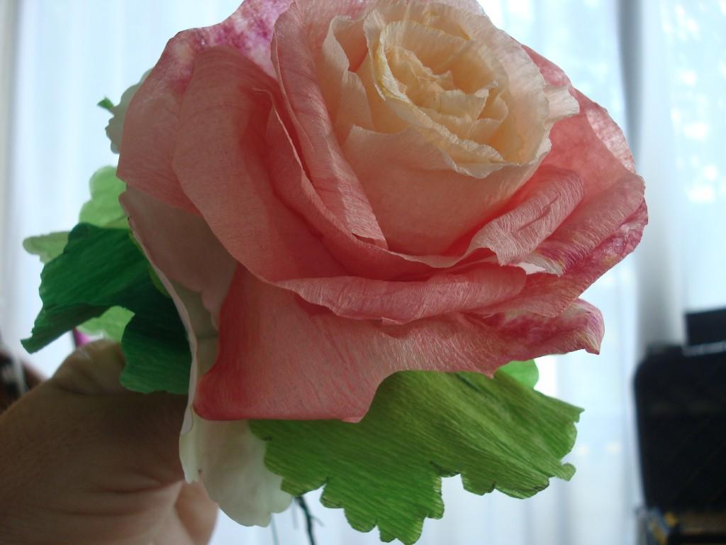 Fleurs en papier cr pon soie g licecr a - Fleur en crepon ...