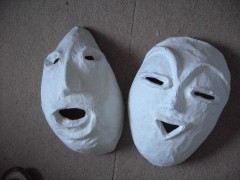 masques et dinosaurs 005.jpg